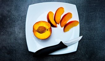 This Freaking Nectarine: An Ode to Fruit
